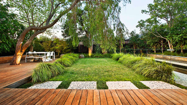 How to create the perfect outdoor entertaining area for Backyard design ideas for entertaining