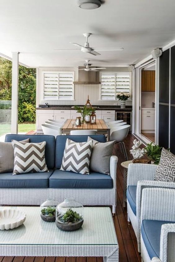 Choosing outdoor furniture to suit your space - Outdoor Living Direct