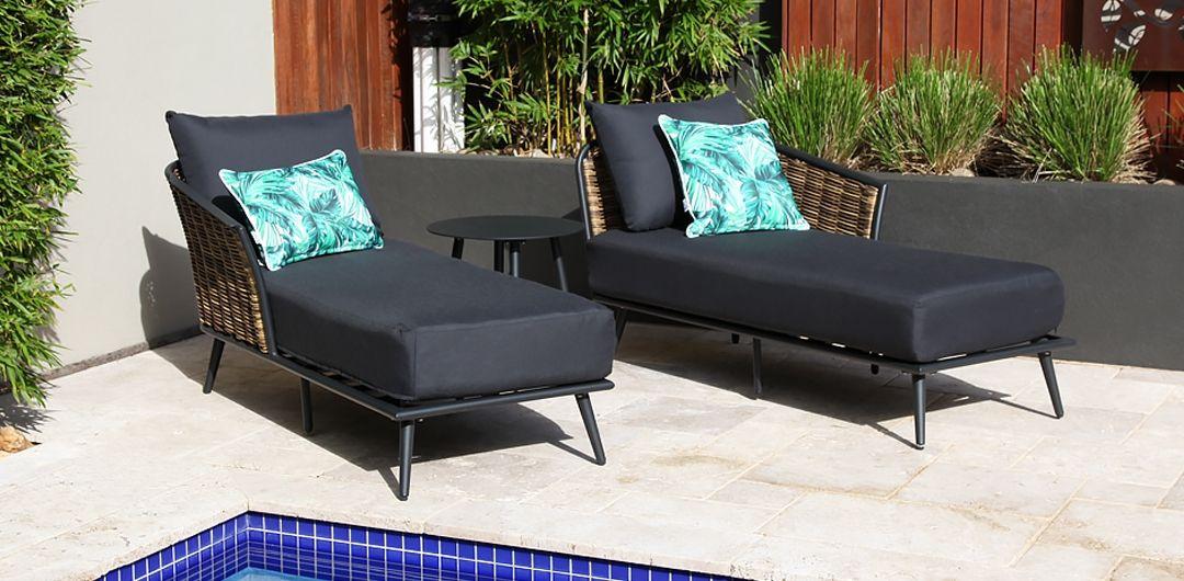 Casablanca 3 piece chaise/day bed