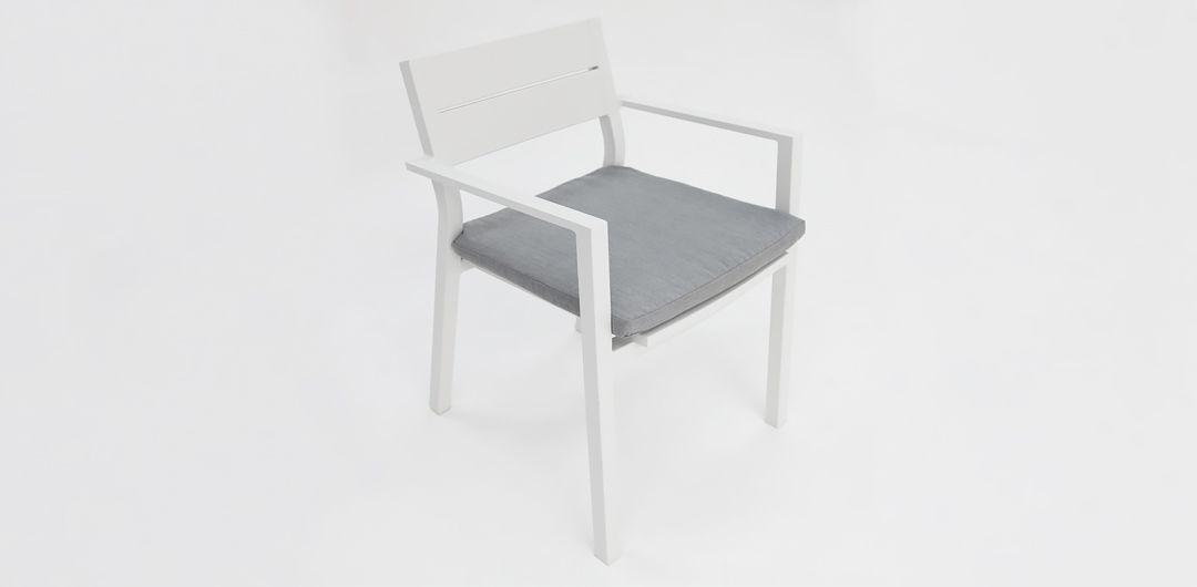 Dallas dining chair white